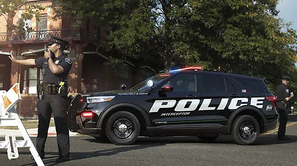 "Visureigis ""Ford Police Interceptor Utility"""