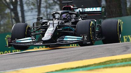 Formulės 1 lenktynėse Imoloje netrūko avarijų