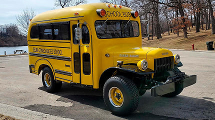 """Patobulintas autobusiukas """"Dodge Power Wagon"""""""
