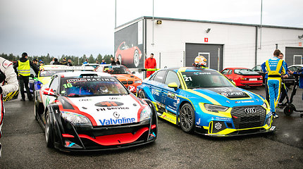 Sekmadienio lenktynės Estijos Pernu trasoje