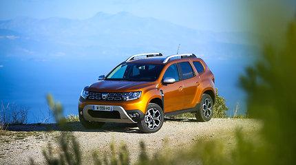 """Balsuokite ir išrinkite """"Tautos automobilį"""": nauju įvaizdžiu stebinantis """"Dacia Duster"""""""