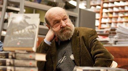 """R.Šavelio bičiulis S.Lipskis: """"Tadas Blinda"""" atvedė jį į geriausių scenaristų gretas"""