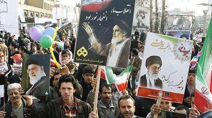 Irano saugumo pareigūnai panaudojo jėgą prieš opozicijos lyderius ir aktyvistus (nuotraukos)