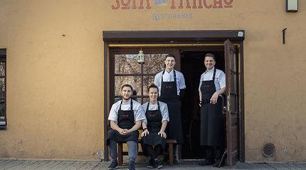 """30 geriausių restoranų Lietuvoje: 18 vieta – vasarą į Nidą išsikeliantis """"Sofa de Pancho"""""""