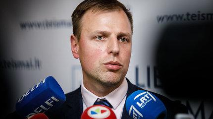 Prokuroras prašo N.Venckienę suimti dviem mėnesiams, įtariamoji kaltės nepripažįsta