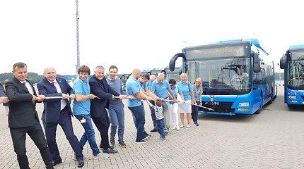 Mėlyni lyg jūra: Klaipėdos gatvėmis riedės ekologiški autobusai