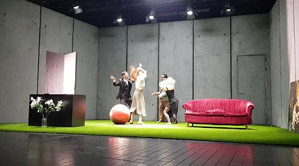 Teatro scenoje atsiskleis kiekvieno žmogaus viduje slypintys demonai