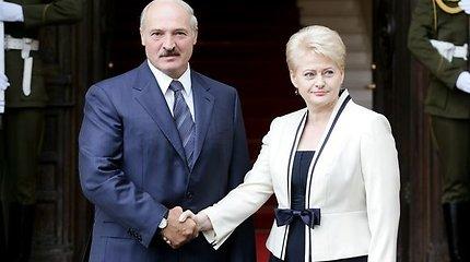 Dėl generolo V.Uschopčiko išdavimo Lietuvos prezidentė pasidavė A.Lukašenkos demagogijai