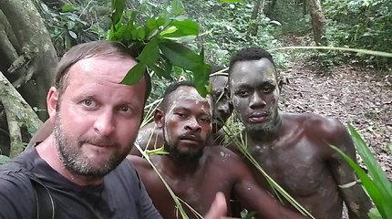 Ekspedicija Afrika: užklupęs karinis perversmas Gabone ir psichodelinės ceremonijos iš arti