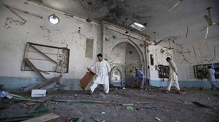 Pakistane pamaldų metu mečetėje sprogo bomba