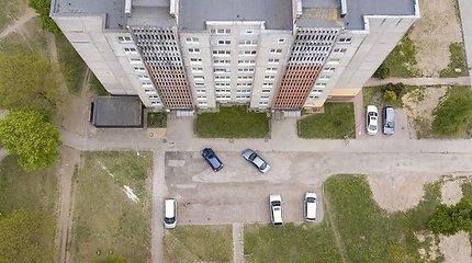 Pasakė griežtai: vienam butui tik vienas automobilis