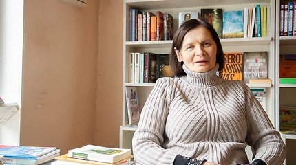 Vienintelio knygyno Panevėžio rajone šeimininkė nesigaili, kad atsisakė žurnalistės karjeros