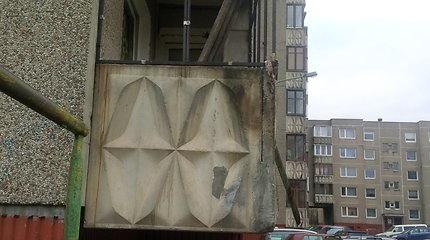 Vilniaus daugiabučio balkone nugriaudėjo sprogimas: paaiškėjo, kas jį sukėlė