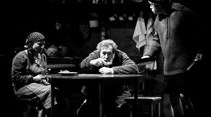80-metį minintis Juozo Miltinio dramos teatras veiklos pauzę išnaudoja kūrybiškai