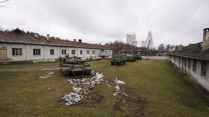 Generalinis štabas nenori pirkti tankų iš Vladimiro Putino gerbėjų