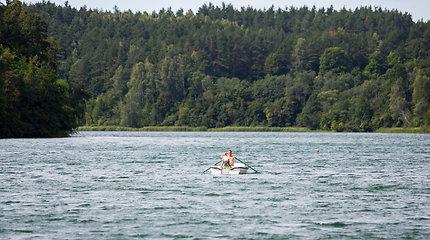 Sostinės Balsio ežere nuskendo 18-os metų mergina ir ją gelbėti bandęs 15-metis