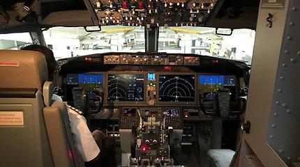 """Floridoje laineris """"Boeing 737 MAX"""" be keleivių turėjo nusileisti avariniu režimu"""