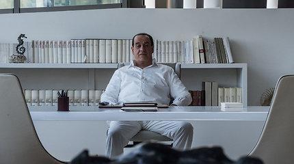 """S.Berlusconio """"žiauria provokacija"""" išvadintas P.Sorrentino filmas """"Silvio"""" startuoja Lietuvoje"""