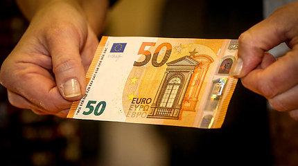 """Kriminalinė Lietuva. """"Lidl"""" kasoje strigus 50 eurų kupiūrai, kaunietė pasijuto nusikaltėle"""