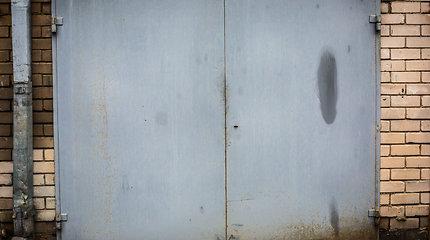 Gargžduose vyras įkrito į garažo duobę ir prarado sąmonę