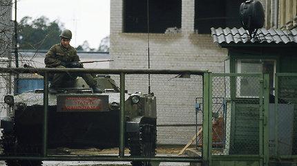 Sovietų sąjungos tankai ir kariai Vilniuje 1991 m.
