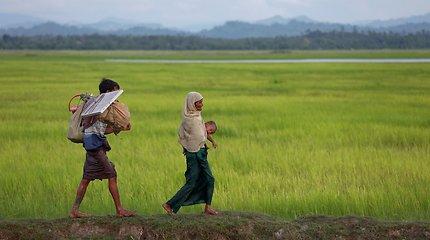 """Mianmare """"Reuters"""" žurnalistai nuteisti kalėti už valstybės paslapčių apsaugos pažeidimą"""