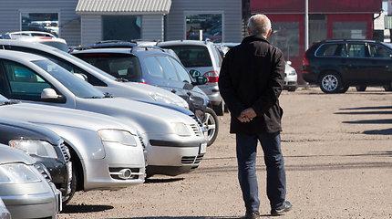 VMI apie automobilių importą: pasitaiko bandymų nuslėpti PVM