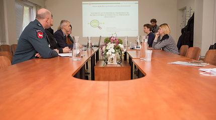 """Kauno mokesčių inspekcijos spaudos konferencija: """"Naudotų automobilių prekybos ir remonto bei autodetalių prekybos sektoriaus priežiūra"""""""