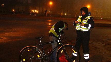 Panevėžio kelių policijos pareigūnai drausmino dviratininkus