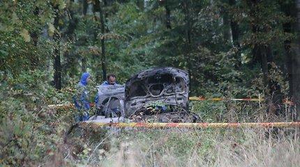 Automobilio bagažinėje sudegintos merginos artimieji iš Lietuvos siekia gauti 4 mln. eurų