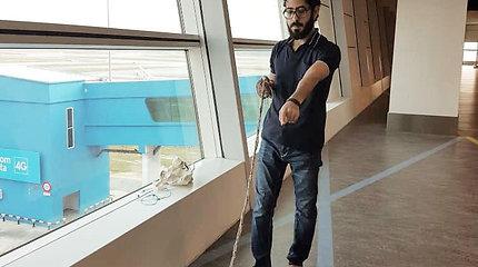 Hassanas al-Kontaras septynis mėnesius praleido Kvala Lumpūro oro uoste