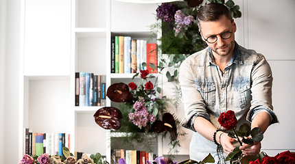 Edagaras Vegys ir jo tapybos bei floristikos darbai