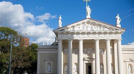 Dėl darbų bus laikinai draudžiamas eismas prie Vilniaus arkikatedros