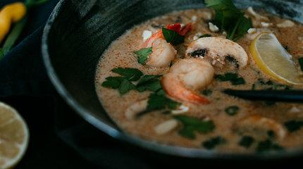 Rytietiški skoniai: švelniai aštri kokosų pieno sriuba