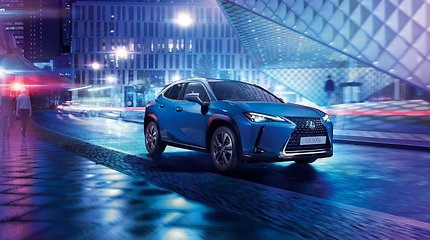 """Lexus"" pristatė pirmąjį elektrinį automobilį"