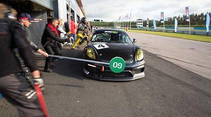 """""""Porsche Baltic"""" komanda šventė pergalę lenktynėse Suomijoje"""