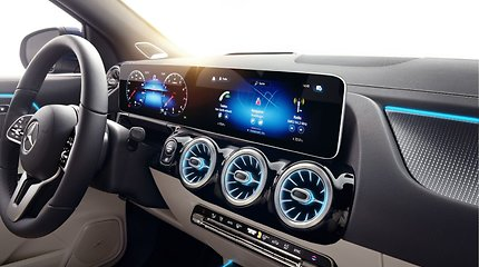 "Naujasis ""Mercedes-Benz GLA"""