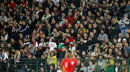 Bulgarija nubausta už rasistiškai anglus užgauliojusių sirgalių veiksmus