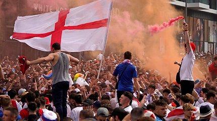 """Už suirutę po """"Euro 2020"""" finalo – griežta bausmė Anglijos rinktinei"""