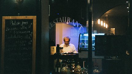 Restoranai nesulaukia žadėtos PVM lengvatos: prašo Seimo nedelsti