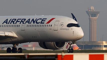 """Šaltinis: Maskva leido """"Air France"""" rengti repatriacijos skrydžius aplenkiant Baltarusiją"""