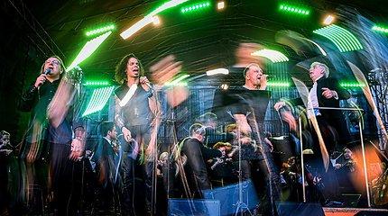 Prasidėjo LVSO vasaros festivalis: Vilniuje šėlo simfoniniai roko ritmai