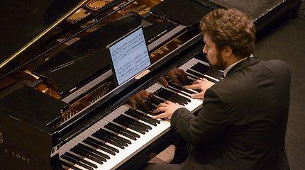 L.Geniušo pasirodyme – naujausias legendinio kompozitoriaus J.Adamso kūrinys