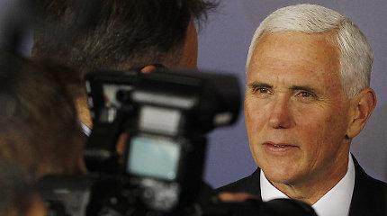 JAV viceprezidentas M.Pence'as žada spausti Šiaurės Korėją dėl tikėjimo laisvės