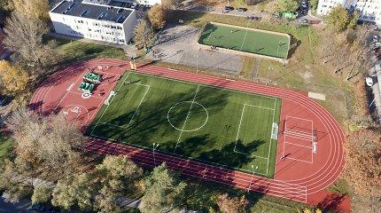Vilnius atveria jau 18 modernizuotą stadioną – šįkart atsinaujino Karoliniškės