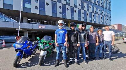 Diskusija kelių policijos tarnyboje: ar motociklininkai galės važiuoti A juostomis?