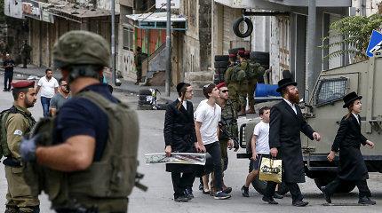 Hebronas (II): kodėl Vakarų Kranto mieste europiečiai juda laisviau nei palestiniečiai?