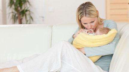 Seimas priėmė pataisas dėl motinystės išmokų: laiku neinformuotoms mamoms – kompensacijos