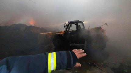 """Gaisro """"Ekologistikoje"""" tyrimas – STT atliko kratas Alytaus priešgaisrinėje gelbėjimo tarnyboje"""