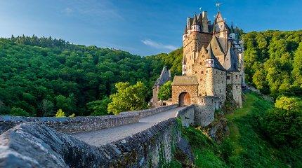 Magiška Eltzo pilis, kurioje ta pati giminė gyvena jau 800 metų